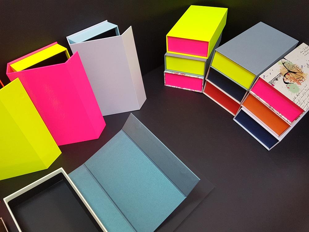 Cutii colorate cu magnet (model 6081) (9)